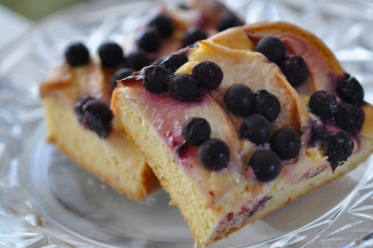 Peach blueberry cake_2
