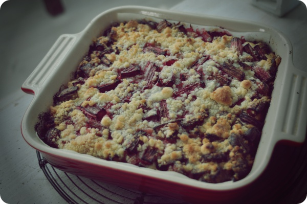 Rhubarb Crumble Cake| ルバーブクランブルケーキ